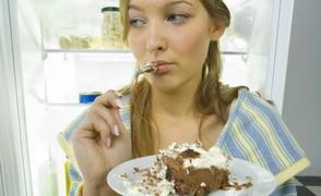 Συναισθηματικό φαγητό: Πώς θα το σταματήσετε