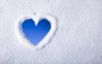 Tο χειμώνα δεν κρυώνει μόνο ο καιρός αλλά και οι σχέσεις