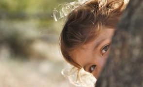 «Πώς να κρυφτείς από τα παιδιά; Έτσι και αλλιώς τα ξέρουν όλα!»
