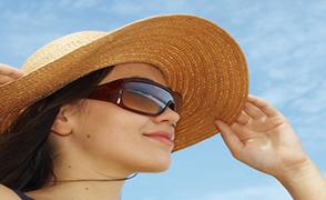 Προσοχή στα μάτια μας το καλοκαίρι!